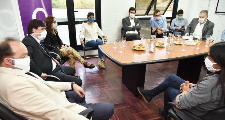 Quilmes: Desde el Municipio articulan acciones a favor de los trabajadores del Frigorífico Penta