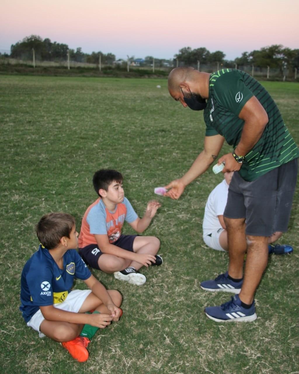 Bolívar: Deportes y salud continúan con la entrega de protectores bucales