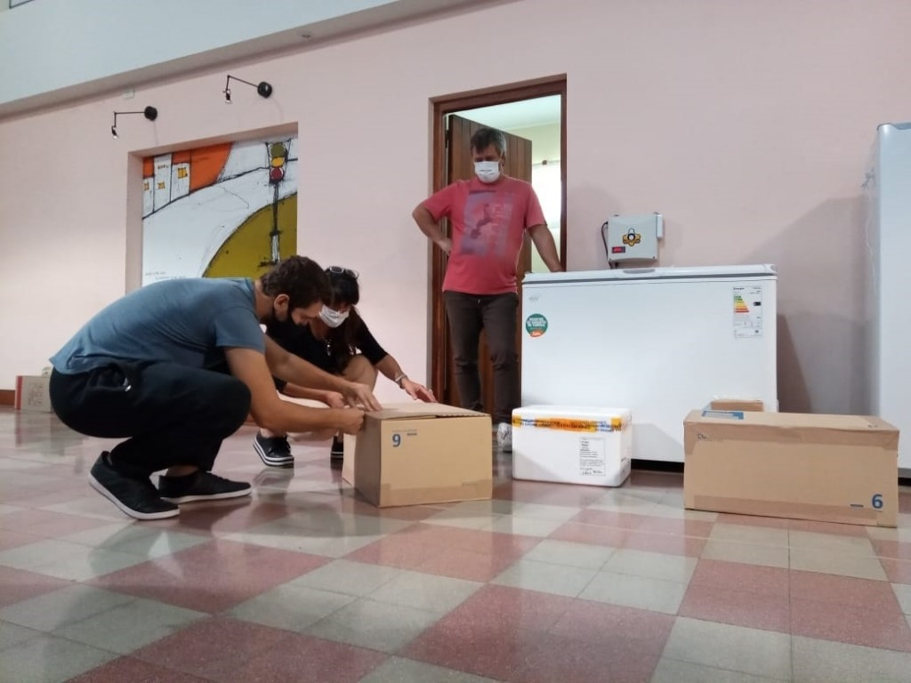 Puan: Llegaron al Distrito 400 dosis de la vacuna AstraZeneca