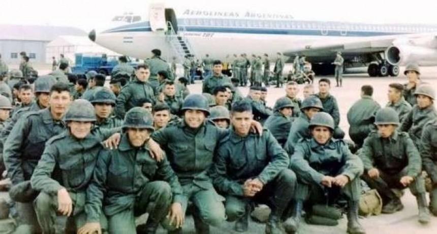 """José Valdez: """"La Guerra fue llevada adelante por la dictadura, con jóvenes sin preparación y sin ninguna planificación"""""""
