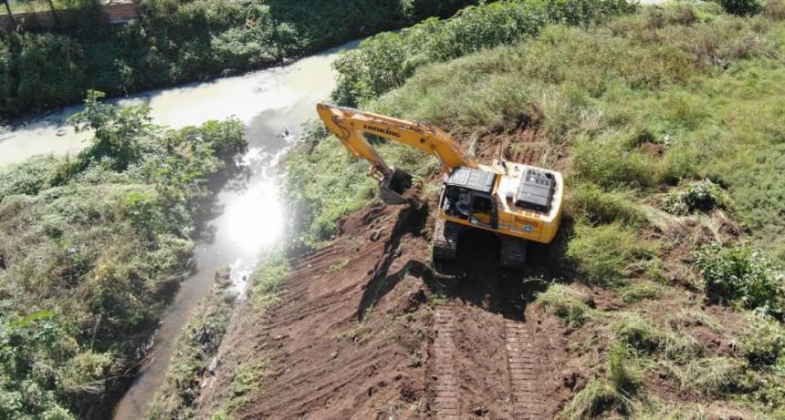 Moreno: Comenzó la obra de saneamiento del Arroyo Los Perros