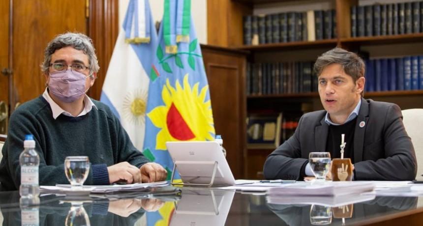 Tapalqué: El intendente firmó la suscripción al plan de mejora de caminos rurales