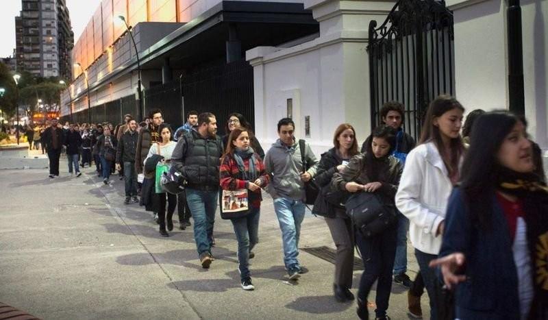 Día del Trabajo: Sólo 4 de cada 10 tienen empleo formal en el conurbano