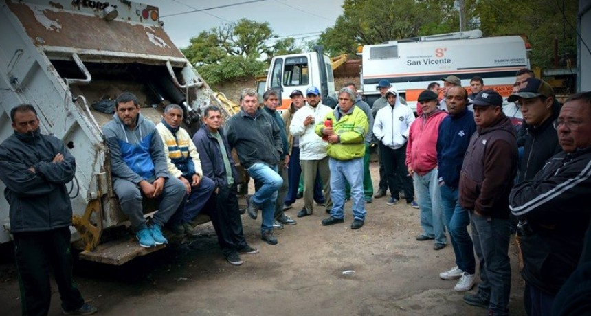 San Vicente: Continúa el conflicto con los trabajadores municipales