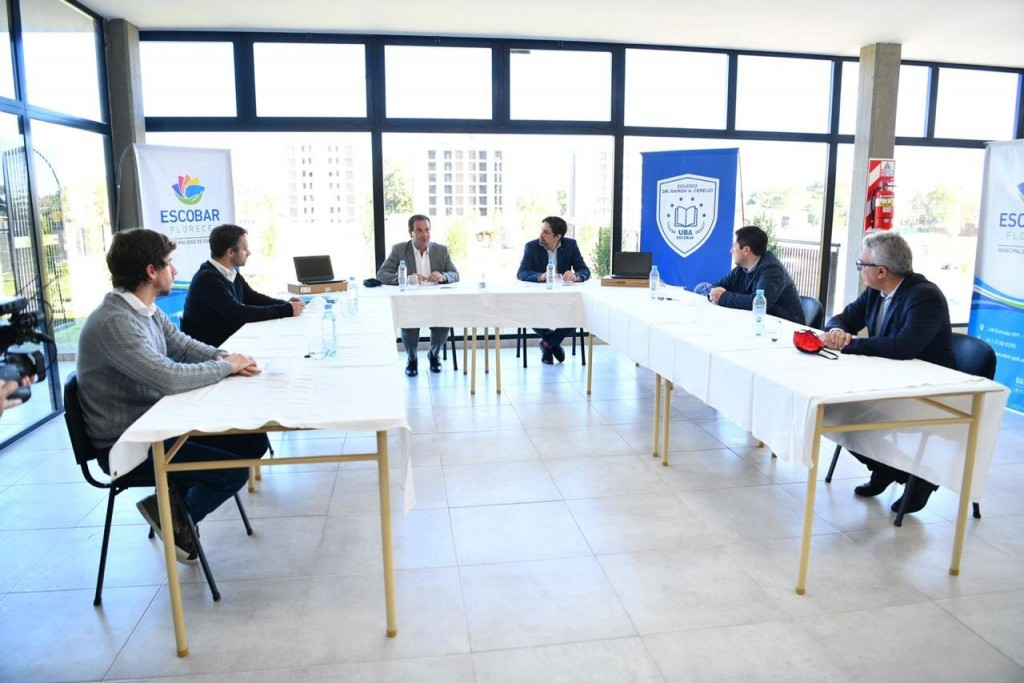 Malvinas Argentinas: Nardini firmó convenio con Trotta para la entrega de 1500 netbooks