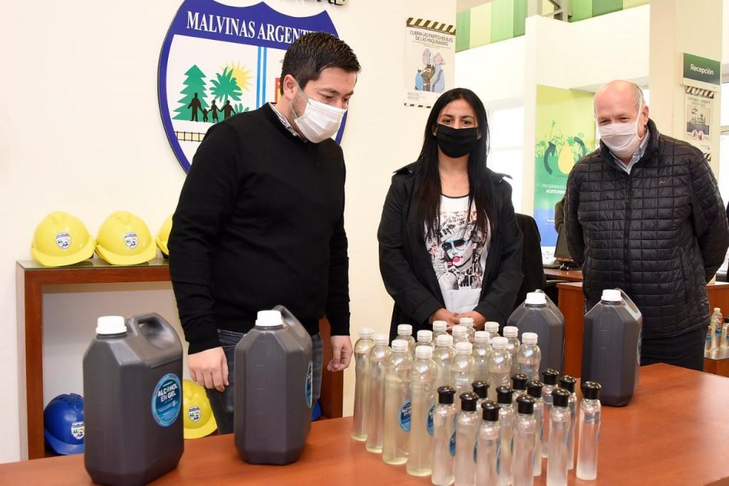 Malvinas Argentinas ya produjo 23 mil litros de su propio alcohol en gel