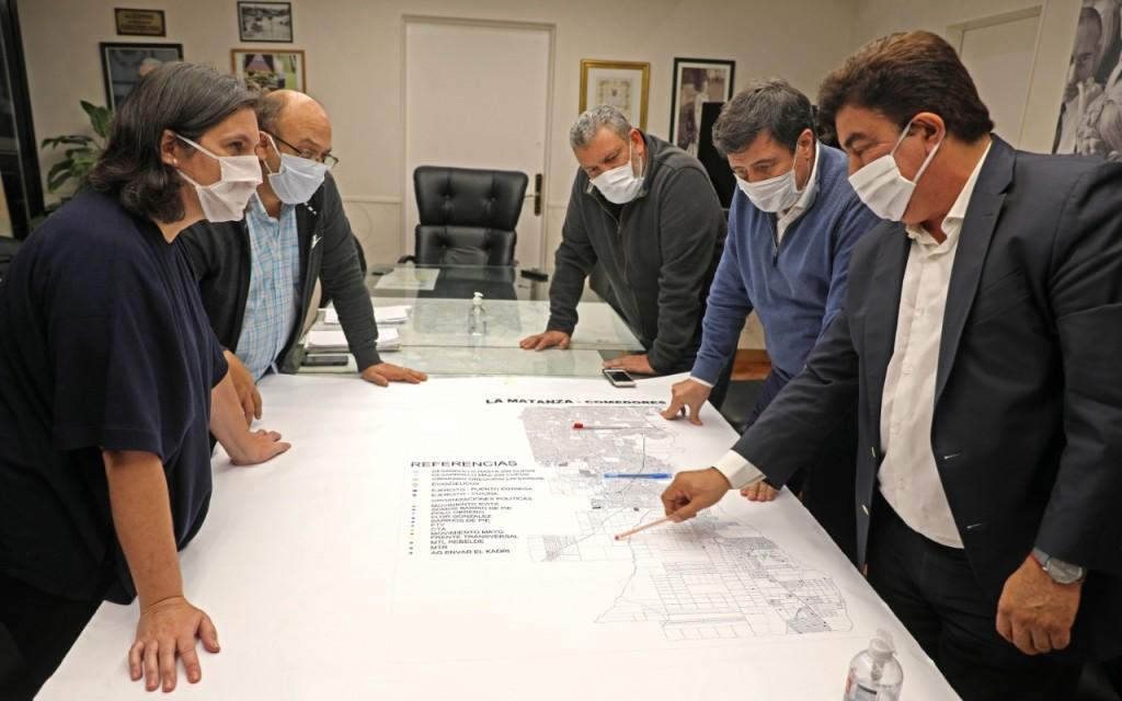 La Matanza: Espinoza y el ministro Arroyo reforzaron el trabajo conjunto de asistencia y prevención del Coronavirus