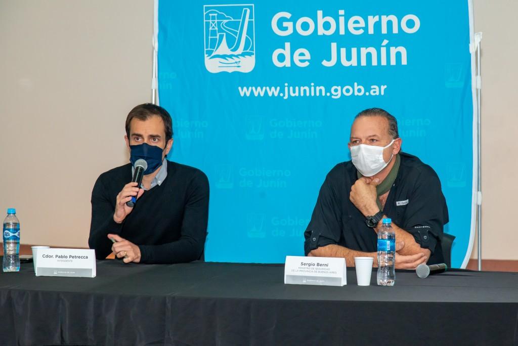 """Junín: Pablo Petrecca recibió al ministro Berni que confirmó que """"la Policía vuelve a los controles de rutas y accesos"""""""