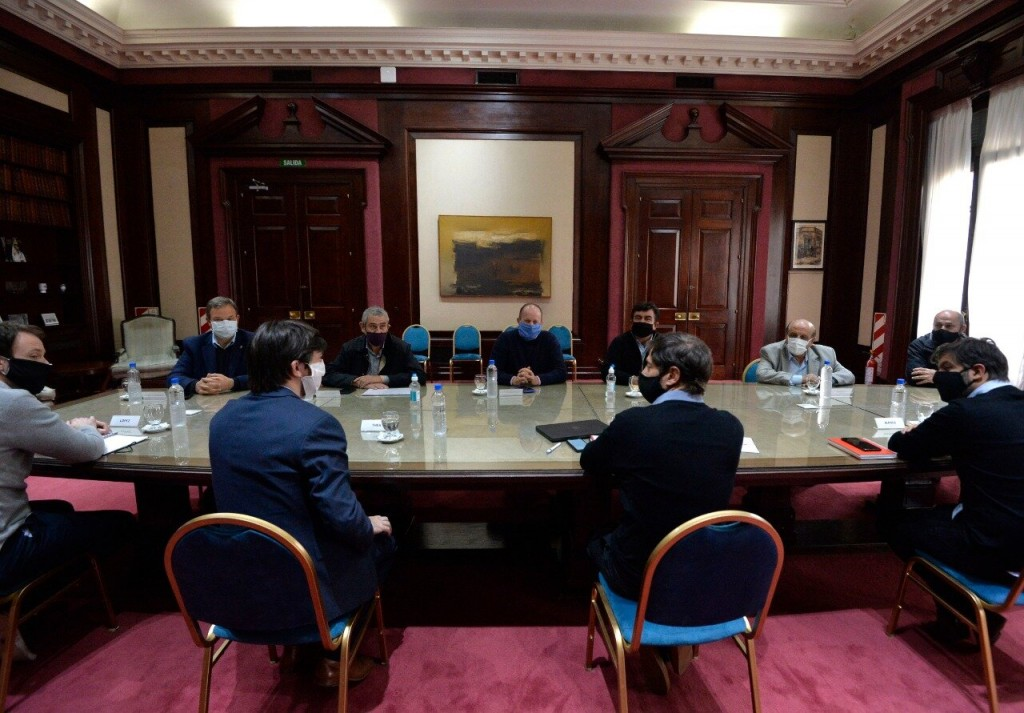 Mussi participó de una reunión con el Gobernador Axel Kicillof