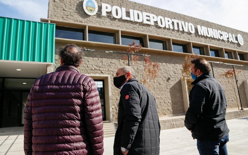 Ensenada: El ministro Katopodis y Secco recorrieron las nuevas obras del distrito