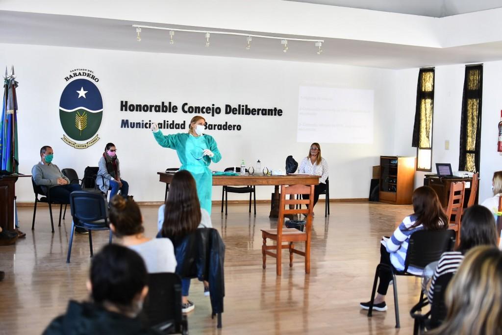 Baradero: El municipio realizó capacitaciones de promoción y prevención en residencias para adultos y personas discapacidad