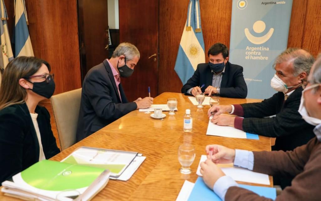 Avellaneda: Ferraresi y Arroyo firmaron acuerdo para capacitación de jóvenes en oficios