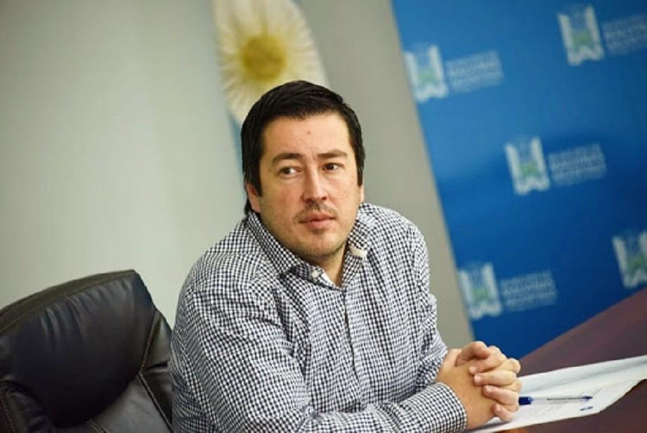 """Leo Nardini: """"Estamos muy orgullosos que la primera aplicación de plasma se realizó en un hospital público de carácter municipal"""""""