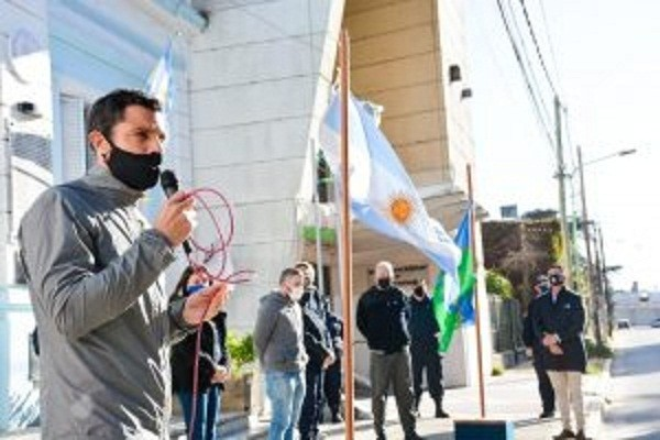 Gral. Rodríguez: Mauro García encabezó el acto protocolar por el Día de la Patria