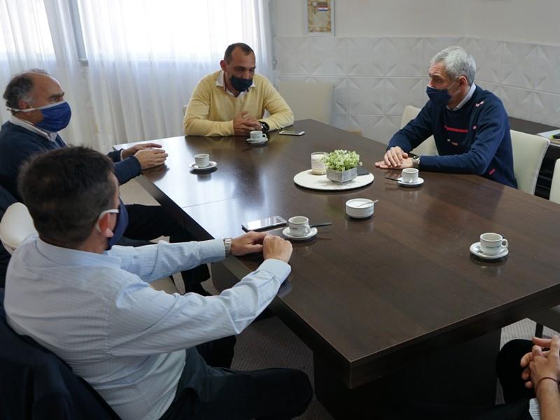Berisso: Cagliardi recibió al presidente del INAES, Mario Cafiero