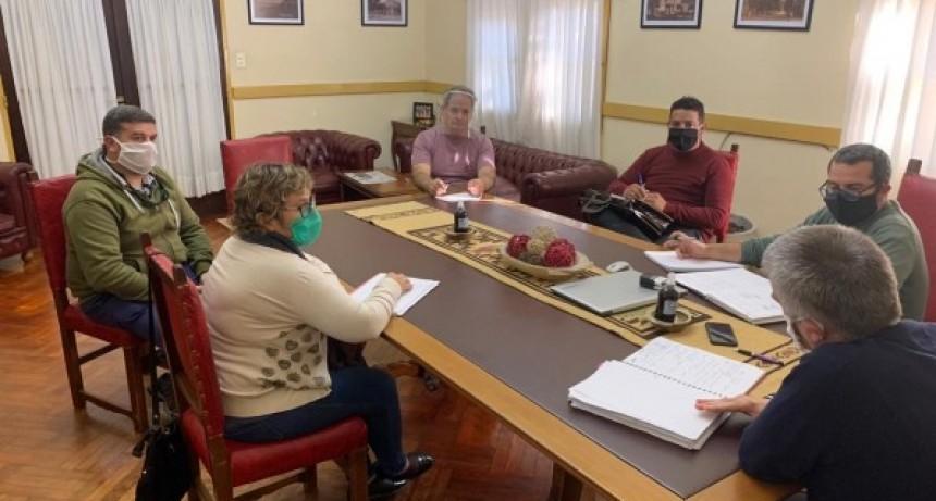"""Chascomús: El municipio admitió que """"pagamos los sueldos consumiendo la totalidad de los ahorros"""""""