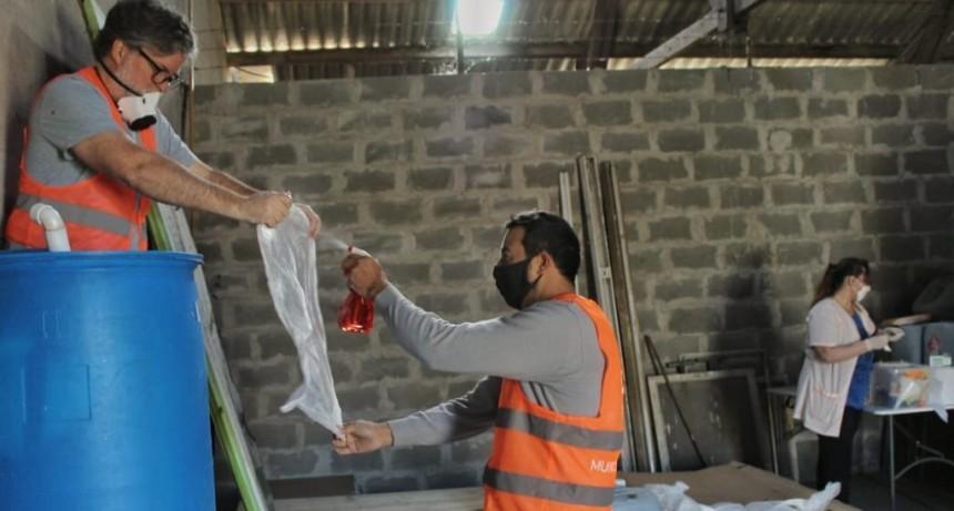 Luján: Nueva producción de Alcohol en gel para los centros de salud