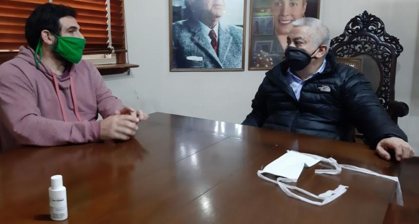 San Pedro: Salazar se reunió con el concejal Martín Baraybar, quien gestionó una donación de insumos sanitarios