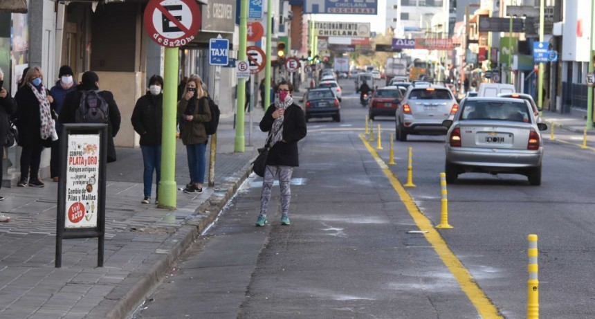 Bahía Blanca: Ensanchamiento de veredas para lograr más espacio para circulación peatonal