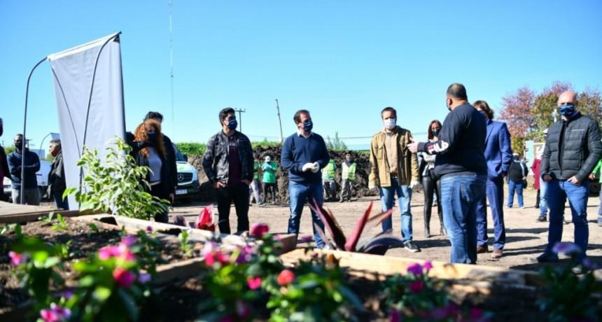 Ariel Sujarchuk y el ministro Juan Cabandié inauguraron el Centro Municipal de Reciclado y Compostaje