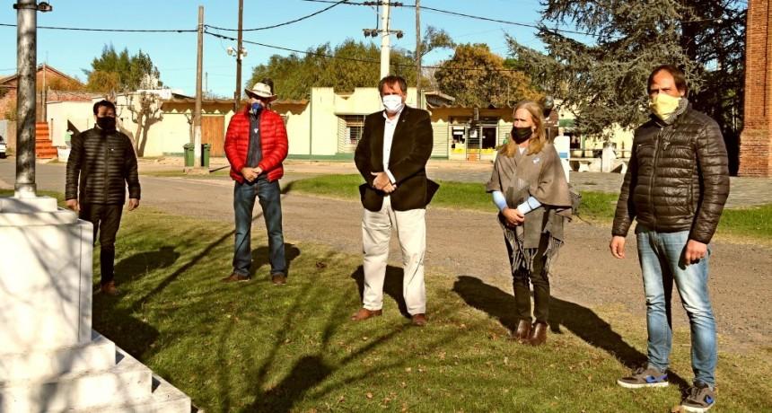 Suipacha: El jefe comunal Alejandro Federico encabezó los actos del 25 de Mayo