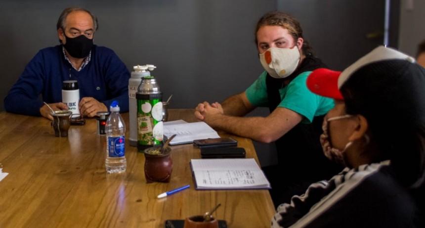Tapalqué: El intendente Cocconi se reunió con referentes de la Unión de Trabajadores de la Tierra