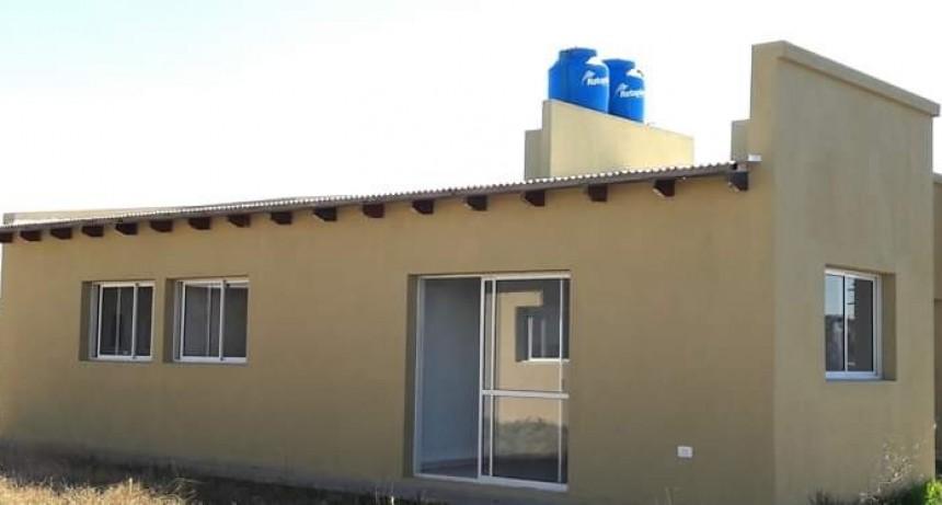 Lezama: El gobierno local entrega viviendas dentro del Programa