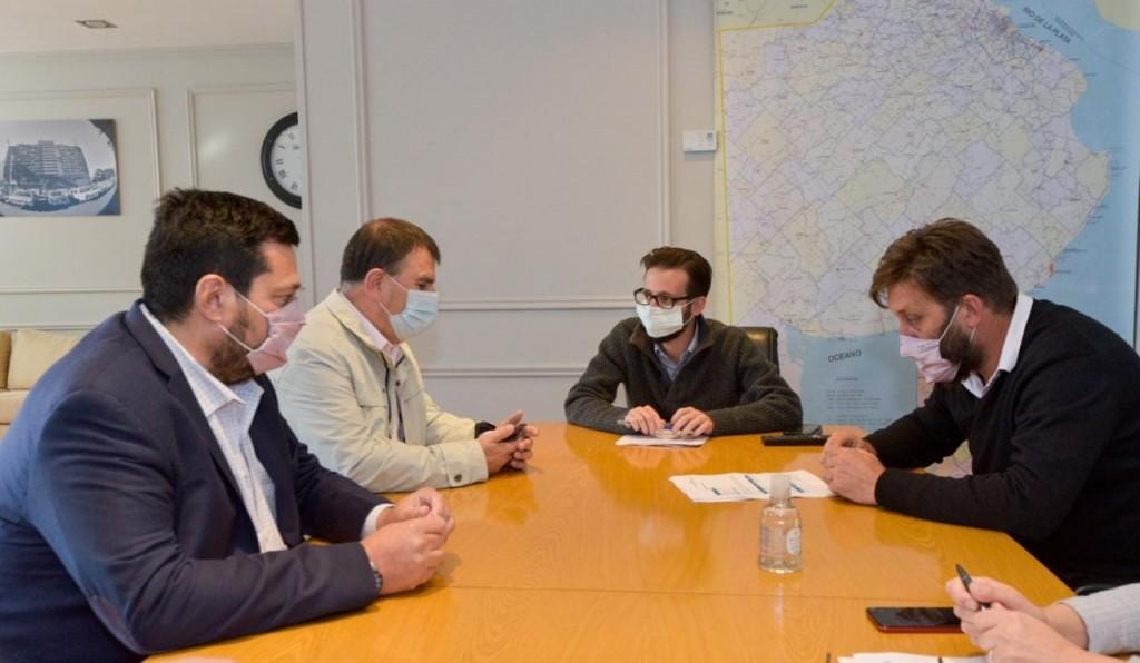 Azul: Reunión con el Ministro de Infraestructura de la Provincia por obras para el distrito