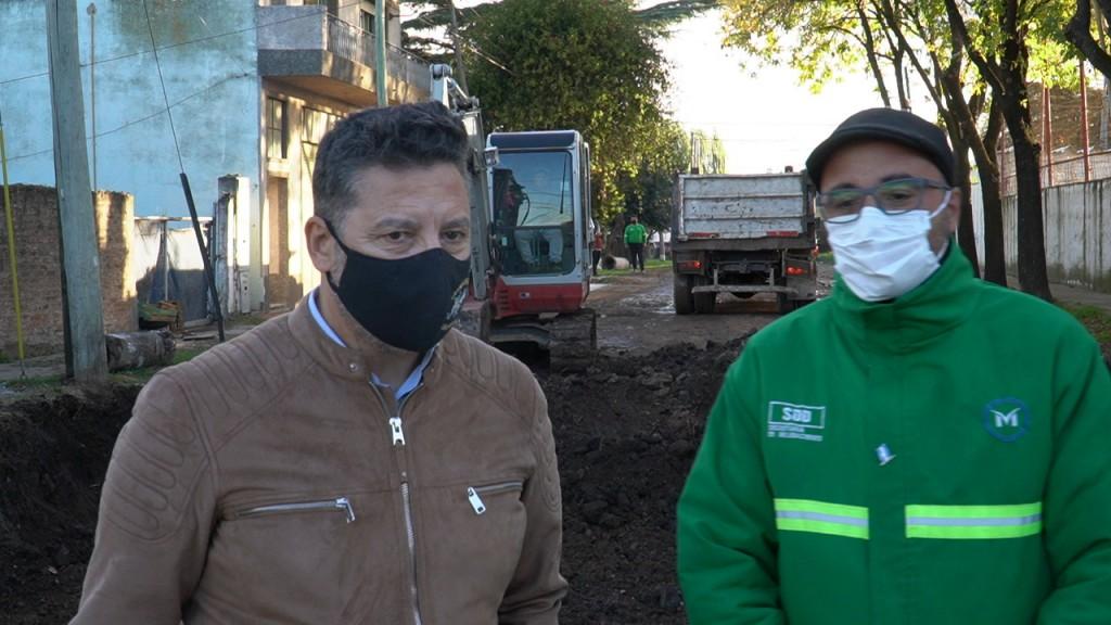 Merlo: El Intendente Menéndez recorrió obras en el distrito