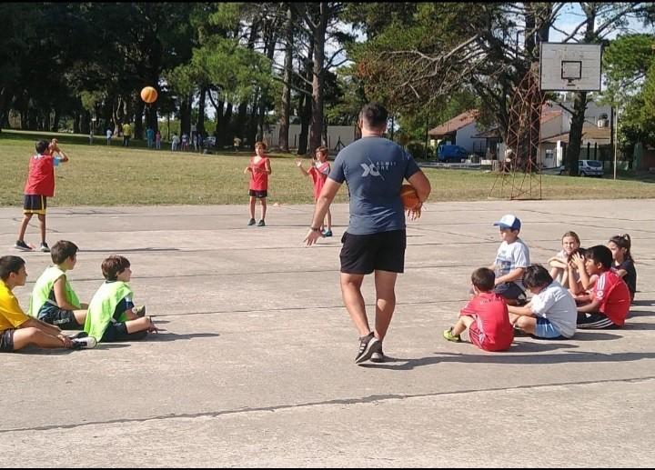 Balcarce: La escuela de iniciación deportiva municipal se desarrolló con total éxito