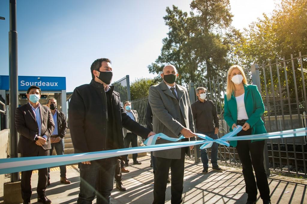 Sourdeaux: Guerrera inauguró la renovada estación del distrito