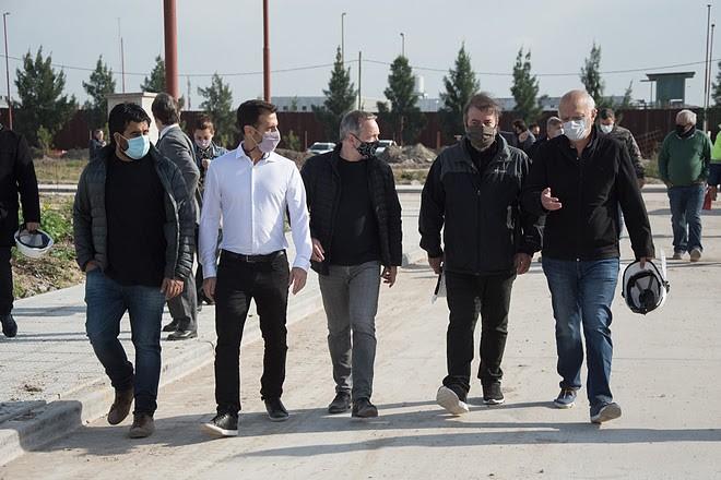 Lanús: Sabbatella recorrió los avances de las obras del Parque Industrial Curtidor del distrito