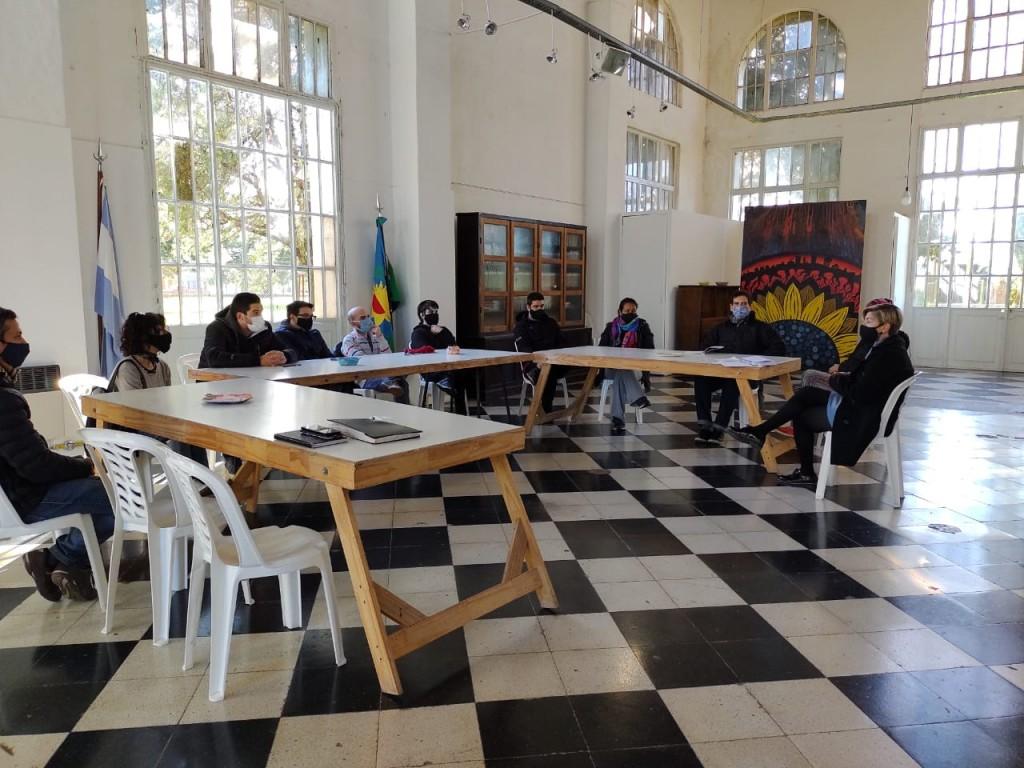 Carlos Casares: Fructífera reunión en Cultura