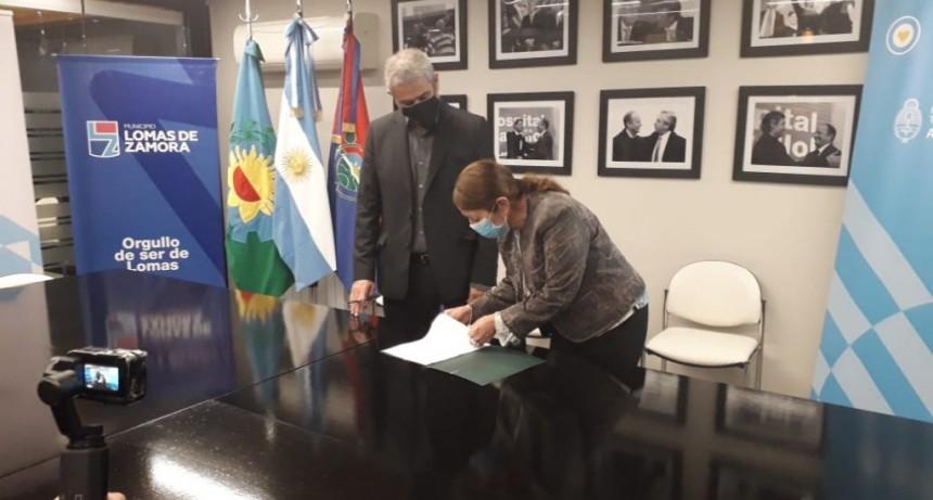 Pte. Perón: La intendenta Cantero firmó acuerdo para financiar obras