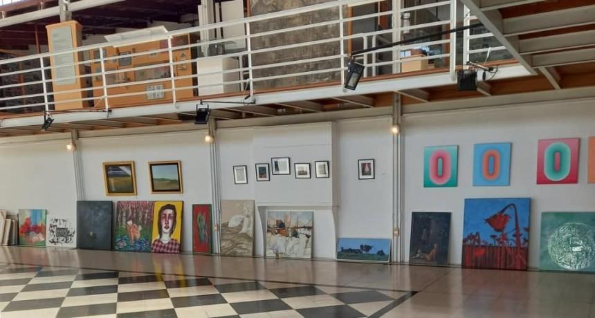 """Tres Arroyos: XIII salón Nacional de dibujo y pintura """"Profesor José Rodrigo"""" inauguración y entrega de premios"""