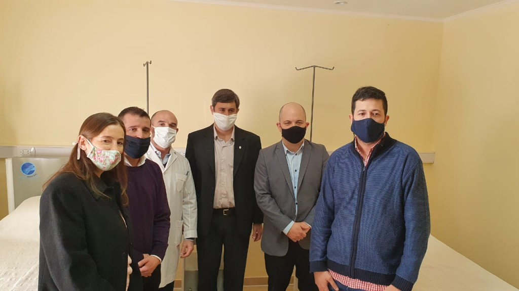 Henderson: El intendente Pugnaloni inauguró la ampliación del Hospital de Hipólito Yrigoyen