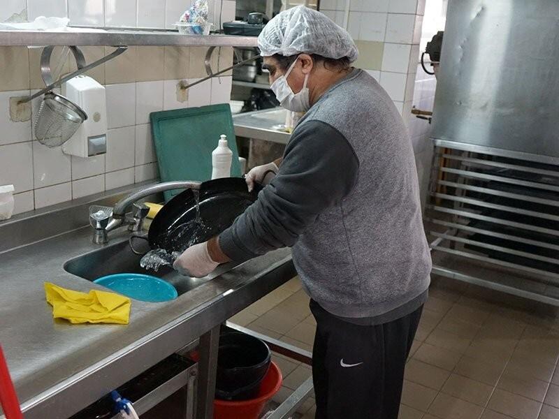 Puesta en funcionamiento del Centro de Aislamiento Comunitario en el Albergue Universitario de la UNLP