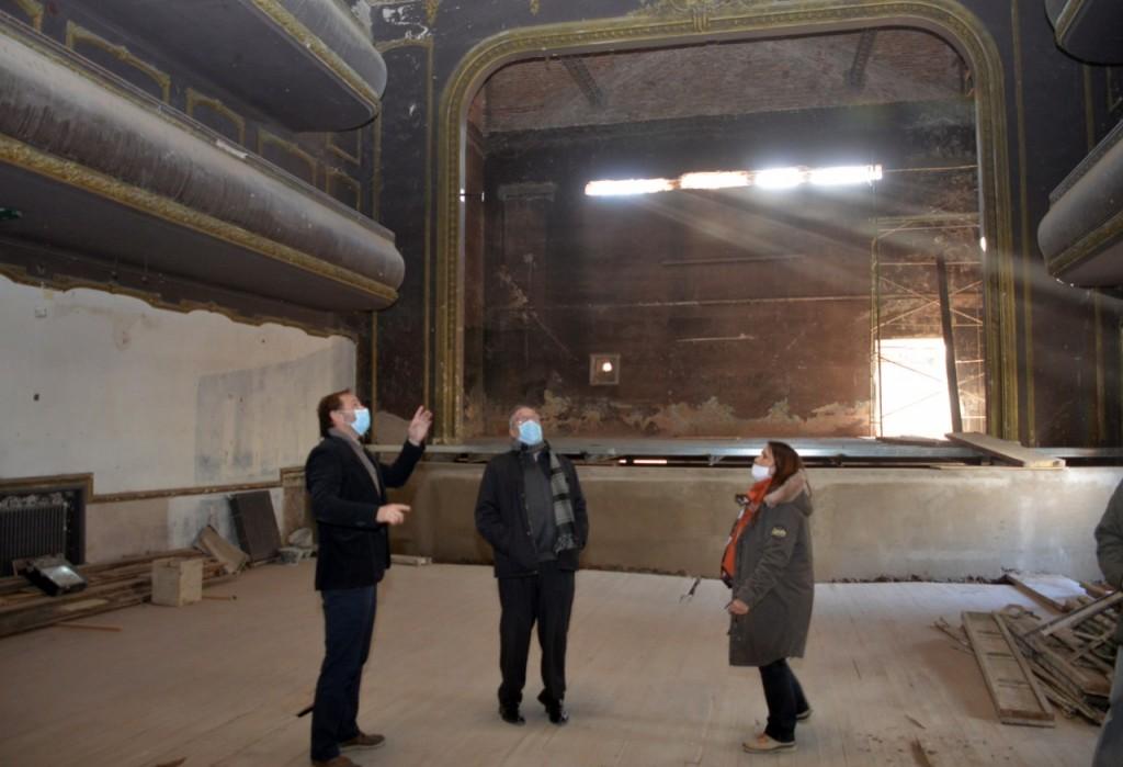 Tandil: Completan la primera etapa de la restauración del Teatro Cervantes