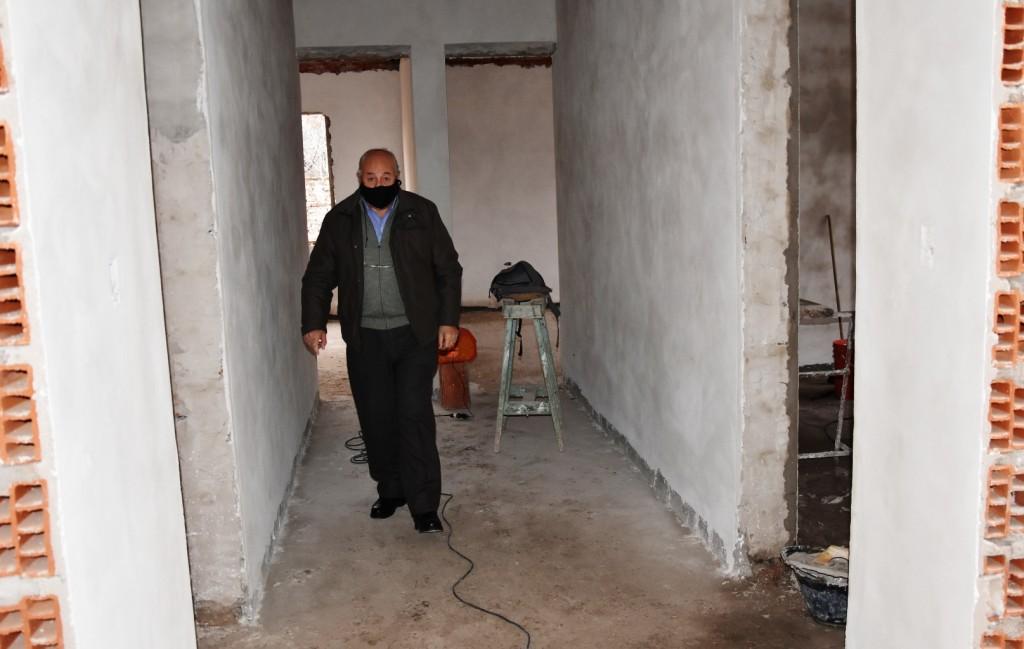 Tres Lomas: Continúa la Construcción de nuevas aulas en el Centro Universitario