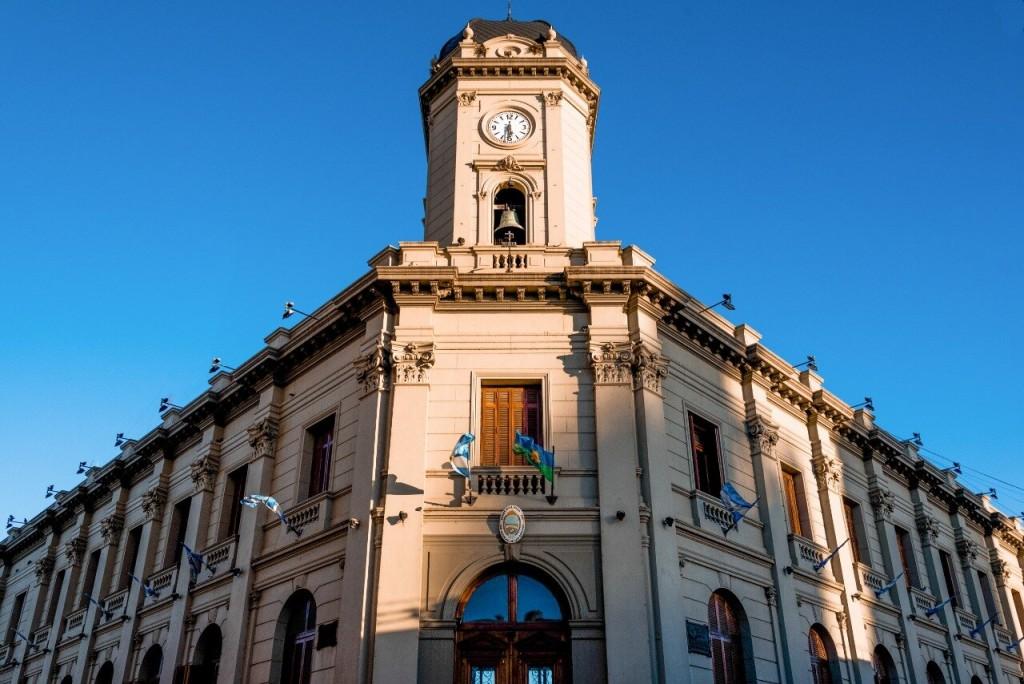 San Nicolás: El municipio realizó hoy el pago de haberes y el medio aguinaldo