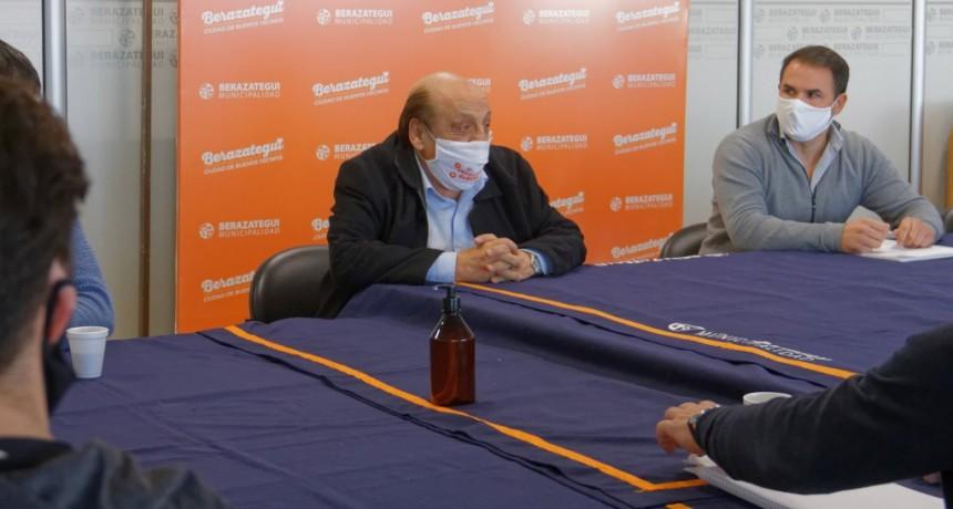 Berazategui: Analizó la situación comercial junto a otros municipios del AMBA