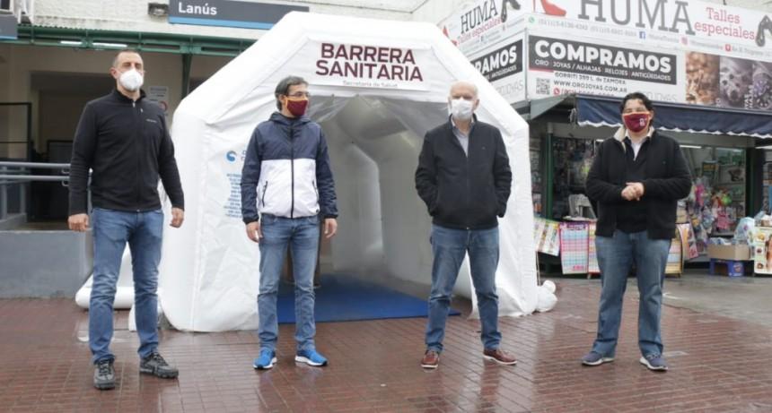 Grindetti inauguró una nueva barrera sanitaria en la estación de Lanús