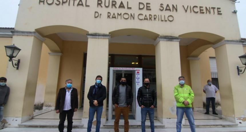 San Vicente: Cabina de desinfección sobre el ingreso al Hospital