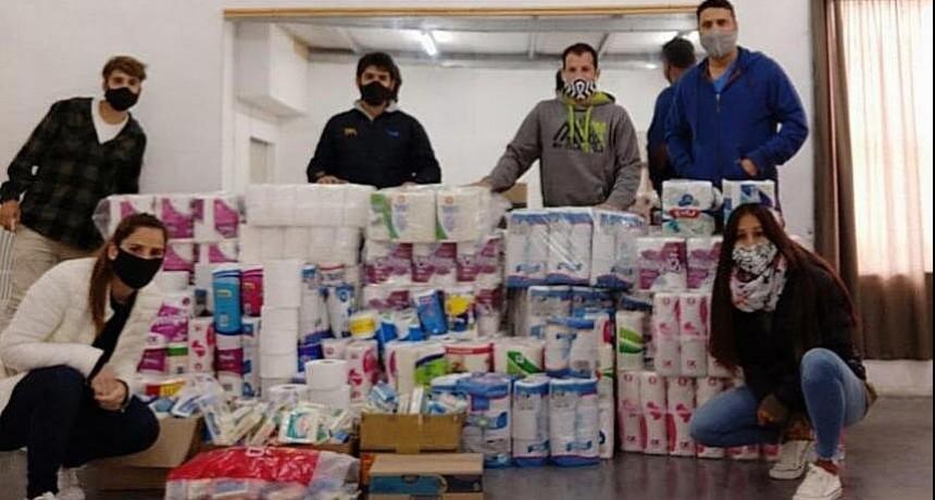 Muchas donaciones en el abrazo solidario junto a los Clubes de Suipacha