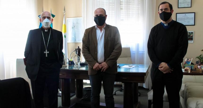 Brandsen: El intendente Cappelletti recibió al Obispo Carlos Malfa y al Padre Juan María