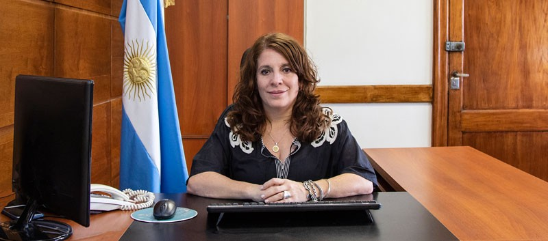 """Sonia Tarragona: """"Esperamos vacunar a la mayor cantidad de gente para reducir el contagio en la circulación"""""""