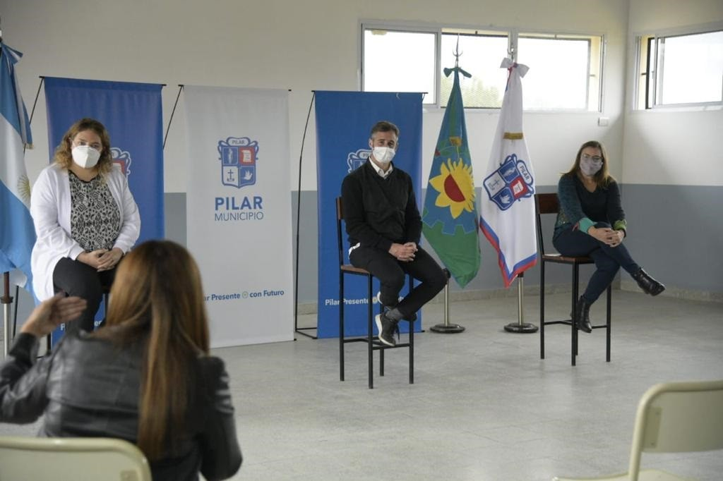 Pilar: Achával puso en marcha el programa Egresar, para que los jóvenes terminen el secundario