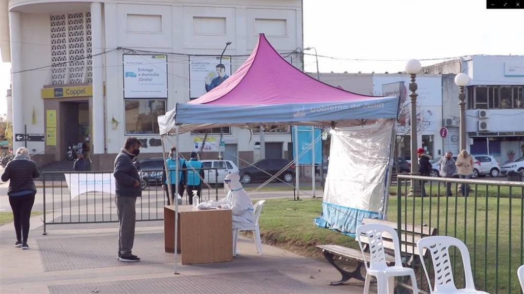 Junín: El Municipio volvió a realizar testeos en la plaza 25 de Mayo