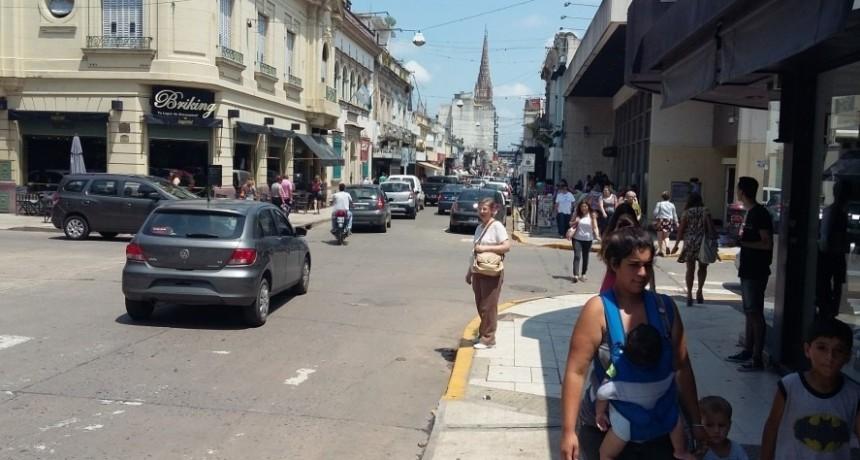Luján: Por la grave crisis que afecta al comercio, solicitan un régimen especial