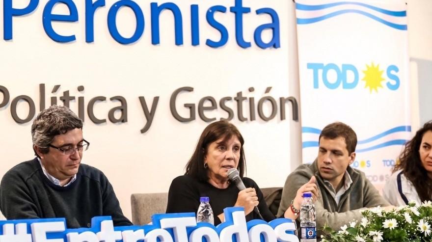 """Teresa García: """"Tenemos que estar muy atentos al fraude, porque el gobierno es capaz de cualquier maniobra"""""""